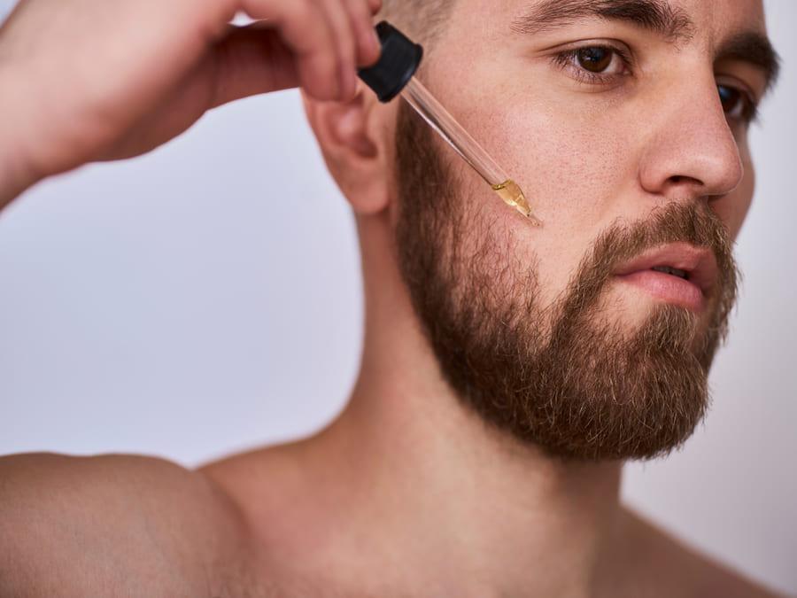 I prodotti naturali per la crescita della barba
